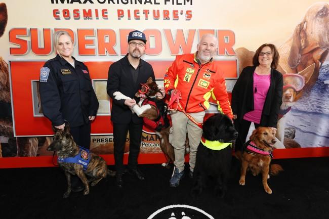 Avant-première de Superpower Dogs à Los Angeles