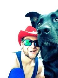 Black Obies, chien Labrador Retriever