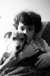 communication enfant chien par le toucher