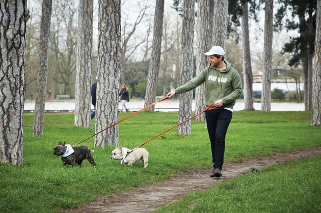 Wouf Wouf : la 1ère plateforme géolocalisée de promenade et de gardiennage de chien