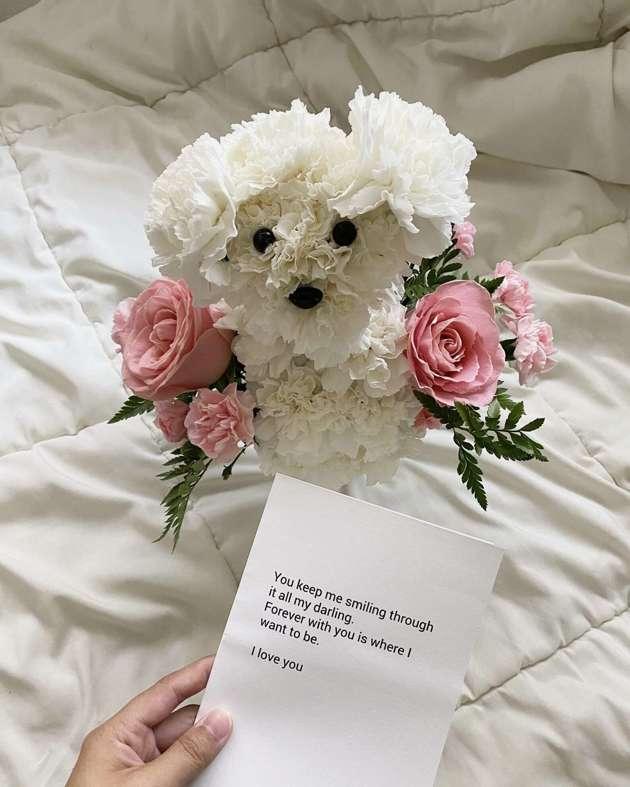 bouquet en forme de chien