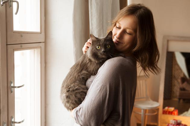Pour ces femmes, les chats sont bien mieux que les hommes… Et voici pourquoi !