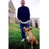 Le créateur Alexander Mc Queen a légué sa fortune à ses chiens