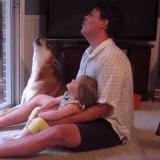 Quand un papa, sa fille et leur chien décident de former une chorale (Vidéo du jour)