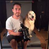 Armé de son appareil photo, il révèle toute la beauté des chiens âgés