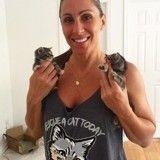 Cette policière passe son temps à sauver des chatons et des chats