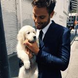 Des hommes canons et leurs chiens : le compte Instagram à suivre de toute urgence !