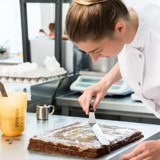Il commande un gâteau d'anniversaire pour son chien : la réponse de la pâtissière le laisse sans voix