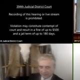 En plein procès sur Zoom, un avocat allume sa caméra : personne n'était préparé à voir cet invité surprise