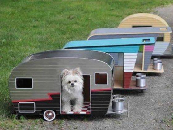 la niche caravane 19 niches originales que vous allez absolument vouloir pour votre chien. Black Bedroom Furniture Sets. Home Design Ideas