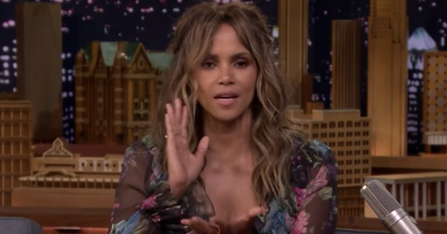 Halle Berry chez Jimmy Fallon