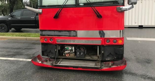 bus rouge tournée