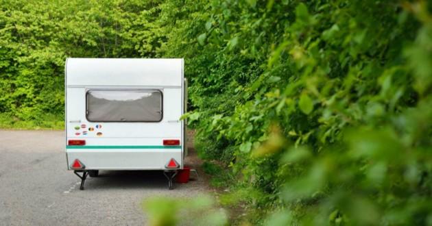 camping-car garé