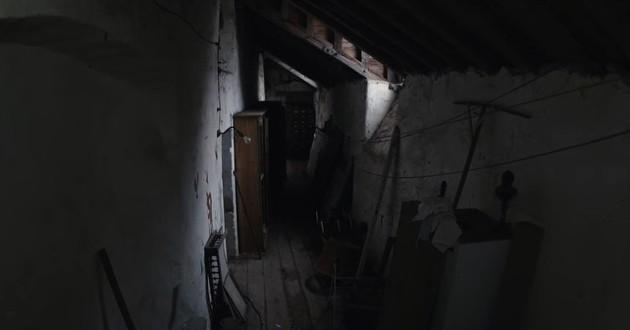 cave sombre