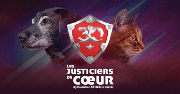 Un chien et un chat de profil séparés par le bouclier avec le logo des Justiciers du Coeur
