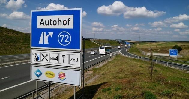Panneau d'autoroute
