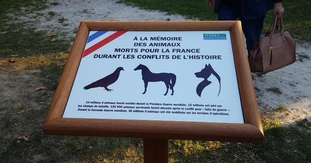 Yerres : une plaque commémorative en mémoire des animaux morts pour la France