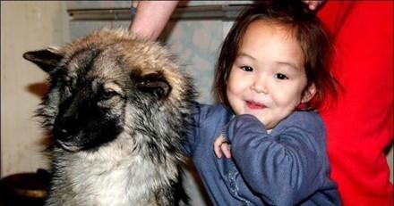 Ils réalisent avec horreur que leur fille de 5 ans a disparu : 12 jours plus tard, le choc est total en réalisant la vérité