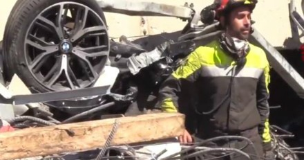 Viaduc de Gênes : un chien extrait des décombres de l'effondrement du pont de Morandi