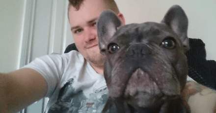 Il décède suite à un cancer : 15 minutes plus tard, un autre drame fait pleurer toute sa famille