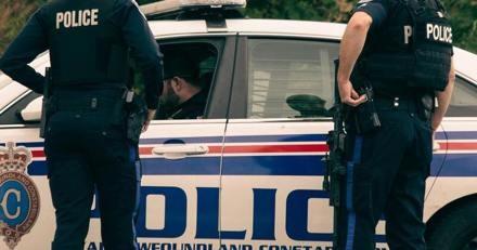 Les policiers se préparent à partir au travail quand ils reçoivent un appel inhabituel : ils doivent agir d'urgence