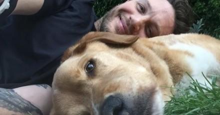 L'acteur Tom Hardy pleure le chien qu'il avait sauvé
