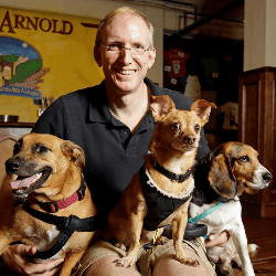 Brock Wagner et ses chiens
