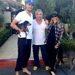 fergie Josh Duhamel, leur chien et Cesar Millan