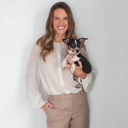 protection animaux chien hilary swank kai