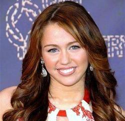 Miley Cyrus aime les chiens