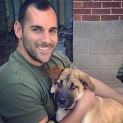 les chiens du soldat tué à Ottawa