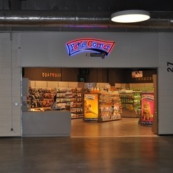 pet's corner boutique vitakraft