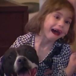 petite fille aveugle chien guide