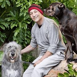 Sam Simon et ses chiens