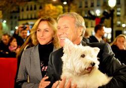 De quelle race est le chien d'Yves Renier alias commissaire moulin ?