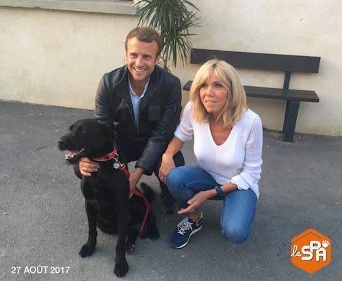 Brigitte et emmanuel macron avec leur chien