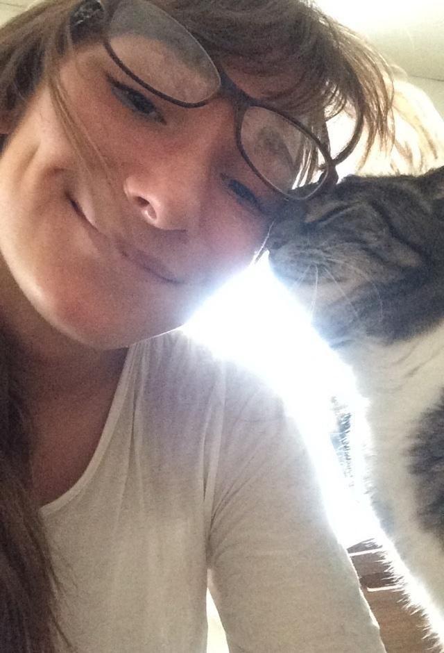 chatte sophie sauve étudiante